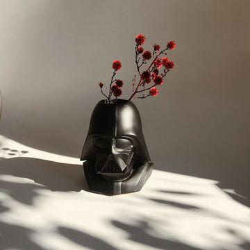 Чорний арт-вазон Дарт Вейдер