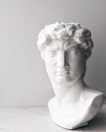 Білий арт-вазон Давид
