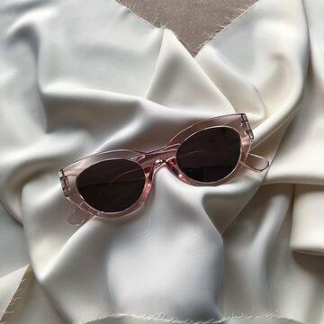 Рожеві окуляри №22