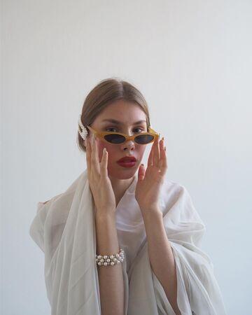 Жовті окуляри №18