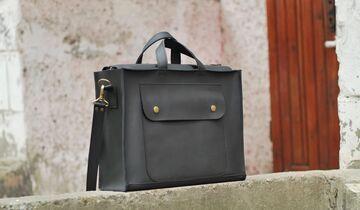 Чорна сумка B003