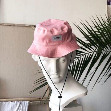 Рожева панама