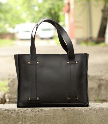 Чорна сумка B013