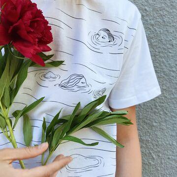 Біла футболка Плавці