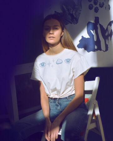Молочна футболка Хмара з Очима