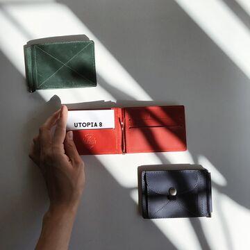Зелений гаманець з зажимом для грошей