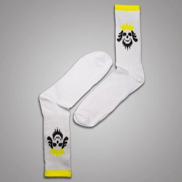Білі шкарпетки з черепом