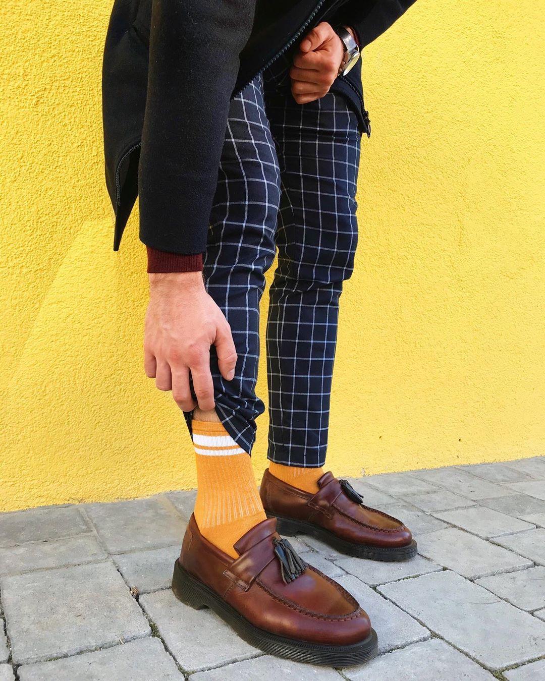 Жовті шкарпетки