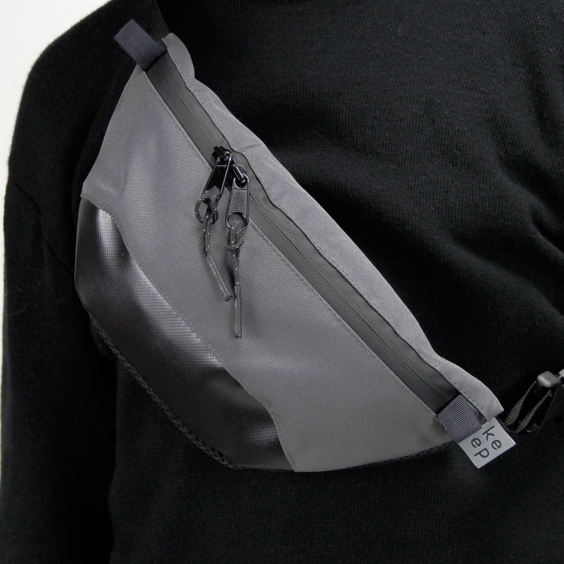 Сіра поясна сумка Шибуя